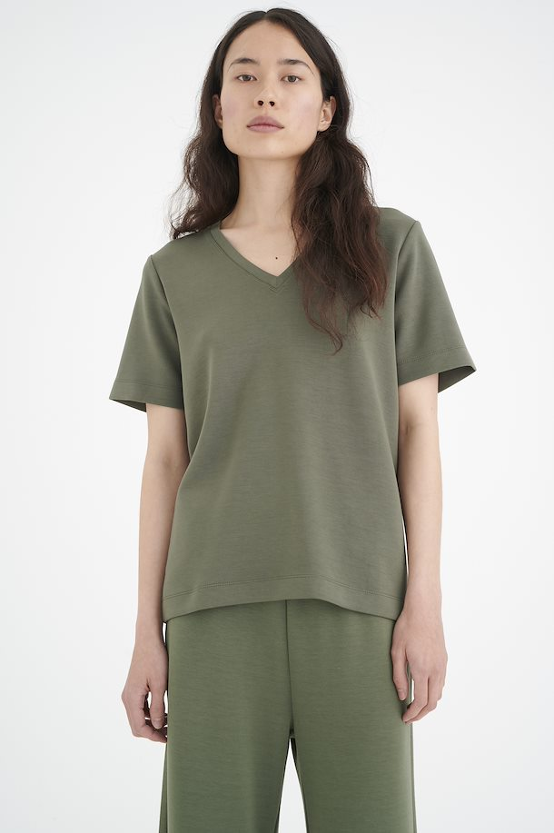 BecaIW V T-Shirt