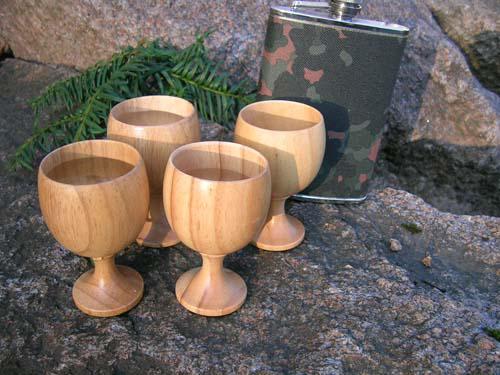 Eagle Products  4 stk drammeglass i tre på stett