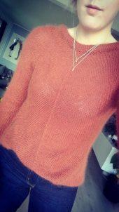 Sweet arrow sweater