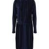 Minus Dafnia Dress, mørk blå plissert velour kjole