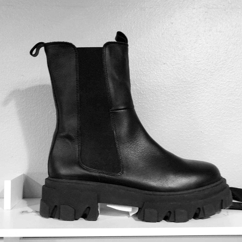 Orginalsin Sonja boots, black