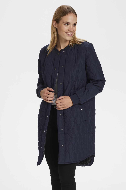 Kaffe Shally Quilted Coat, marineblå