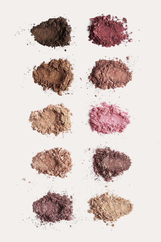 NA-KD Rose eyeshadow palette