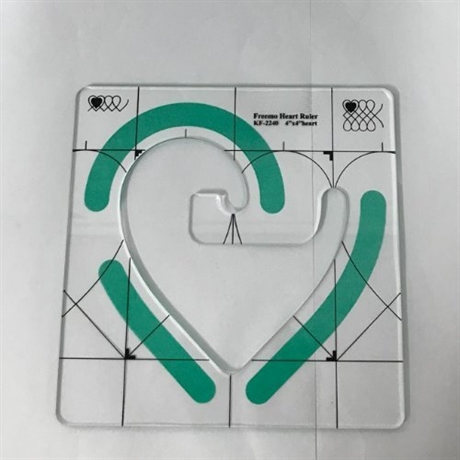 Linjal Freemo Heart Ruler 4x4 inch