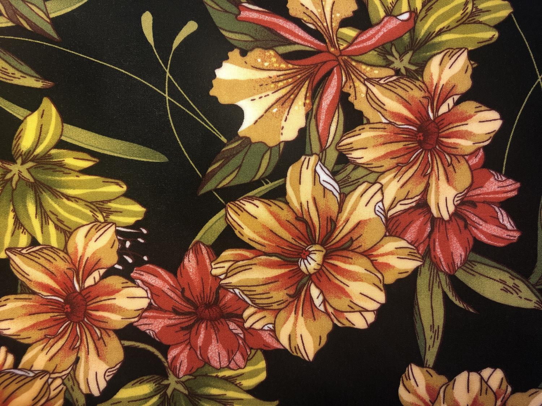 Sofia viskose - Sort med blomster