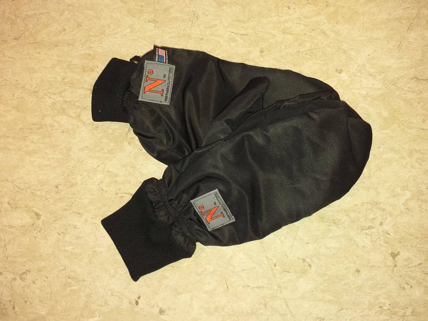 Northern Outfitters Wind Mitten