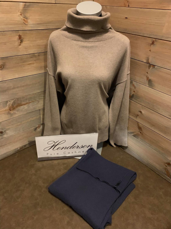 Henderson Big turtleneck sweater