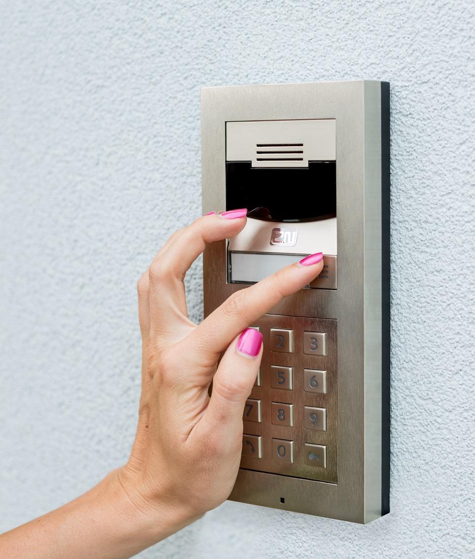 VERSO IP porttelefon basis 2-modul uten kamera. 1 ringeknapp