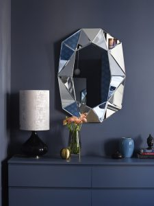 diamond L reflections