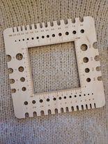 Pinnemål/ strikkefasthetsmåler i tre