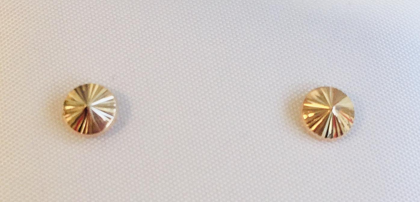ØREPYNT GULL 5mm RUND SLIPT (SPISS)