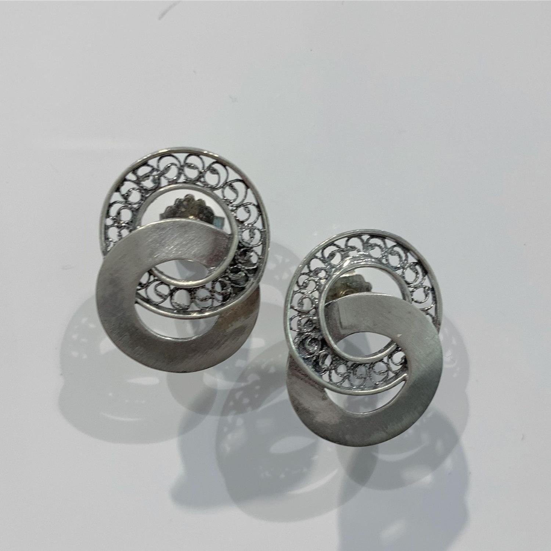 Ørepynt ox.sølv 2 ringer en matt en filigran