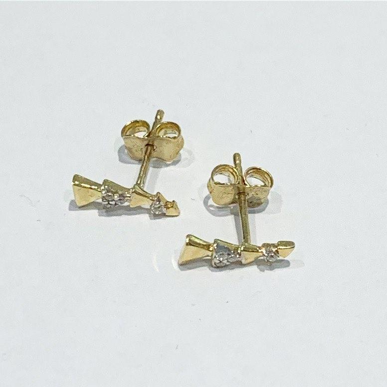 Ørepynt gull trekanter + c.zirconer oppover øret