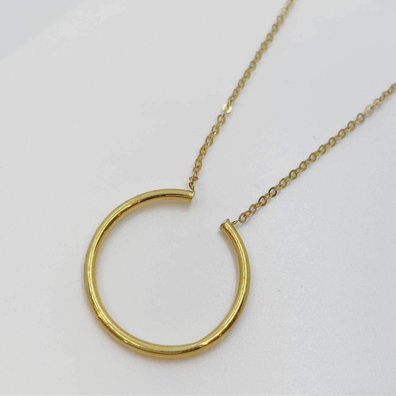 Collier gull 45cm tynn anker m/stor glatt ring foran