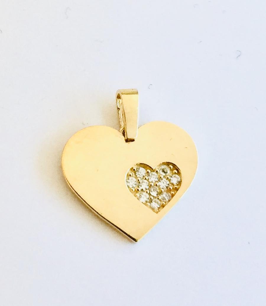 Hjerte gull m/zirconer i hjerte
