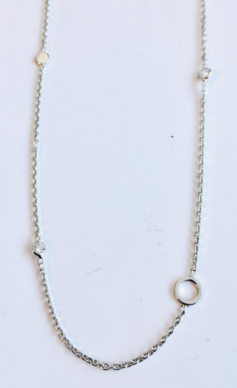 Collier rh.sølv 40+4cm m/små stener/åpen ring/liten plate