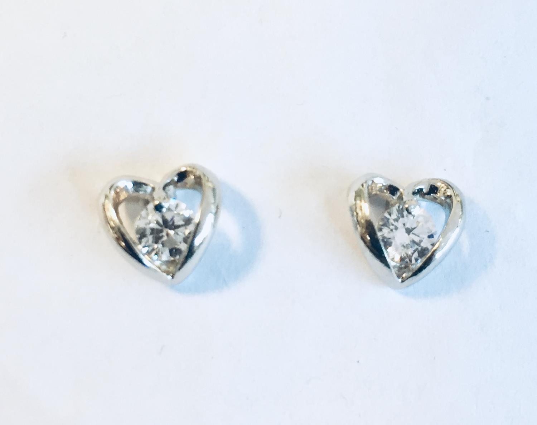 Ørepynt rh.sølv hjerte m/zircon