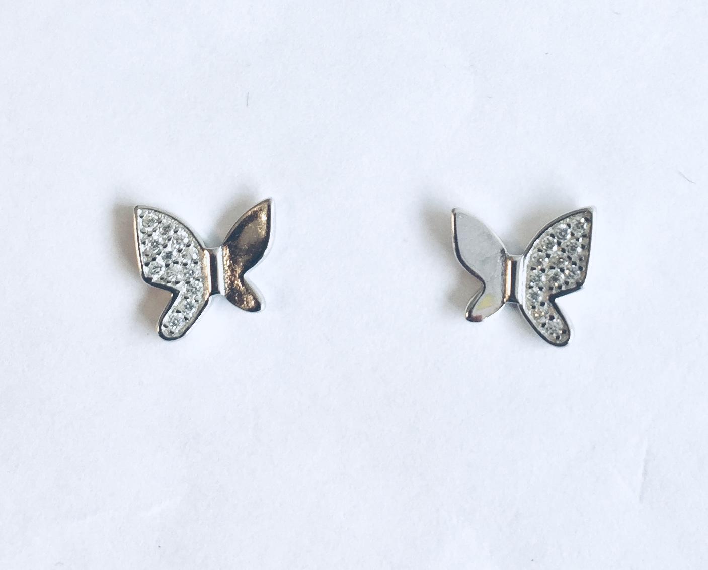 Ørepynt rh.sølv sommerfugl m/zirconer på halve