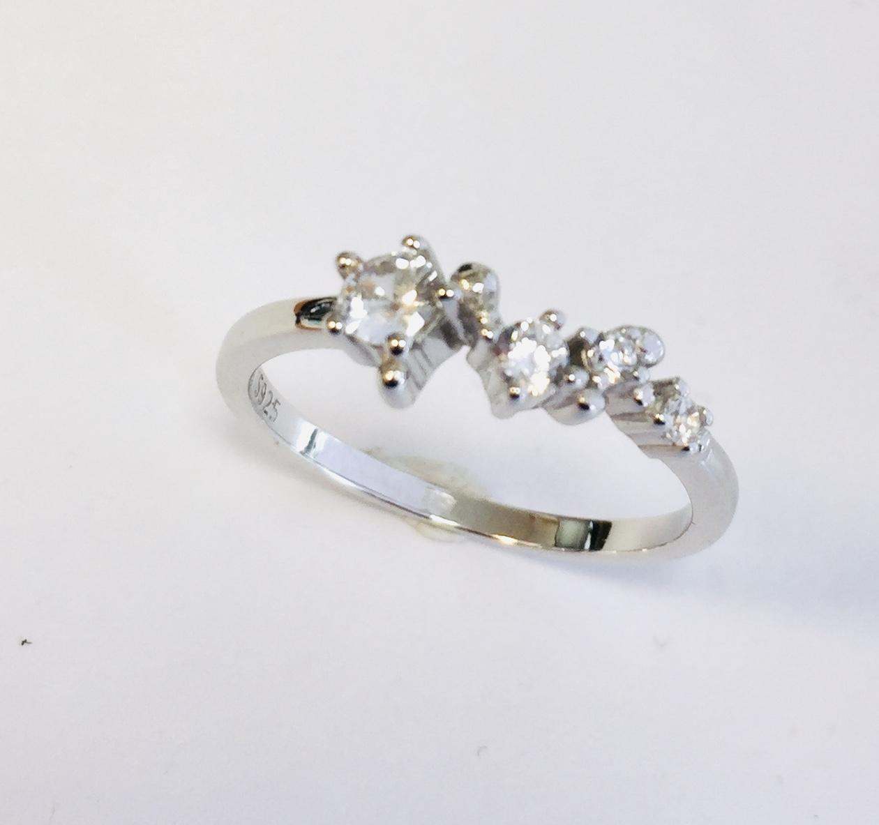 Ring rh.sølv m/zirconer