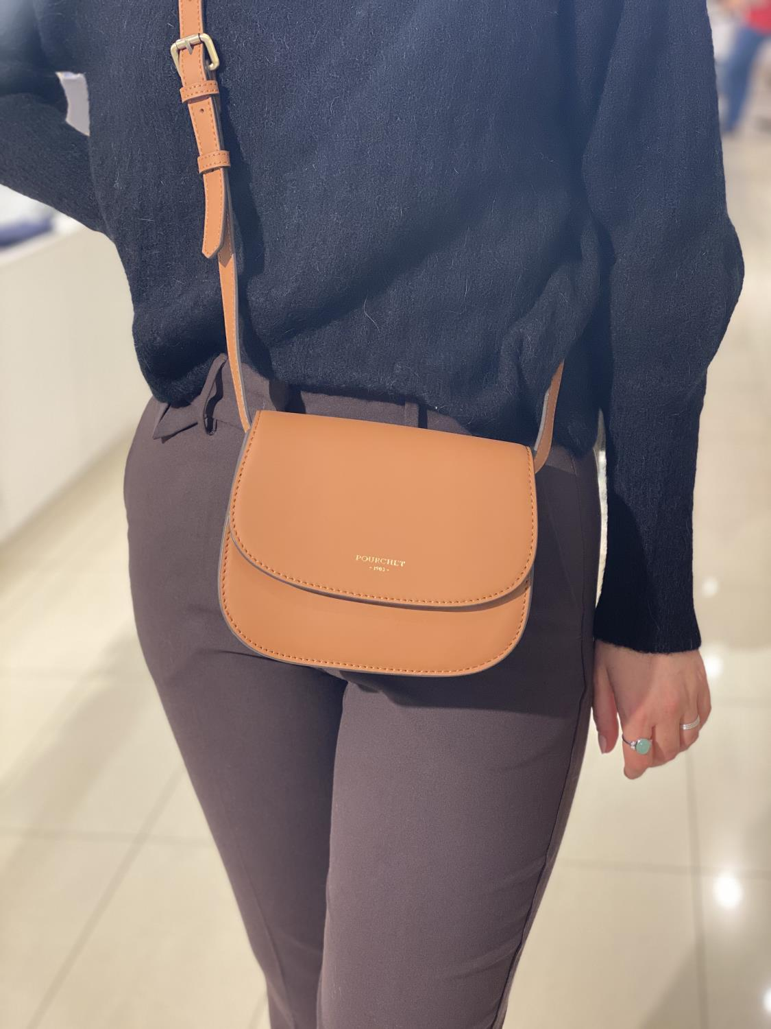 LEATHER FLAP SMALL CROSSBODY - POURCHET