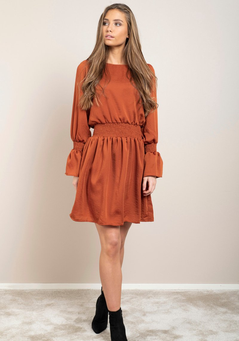 LISA DRESS - DRY LAKE