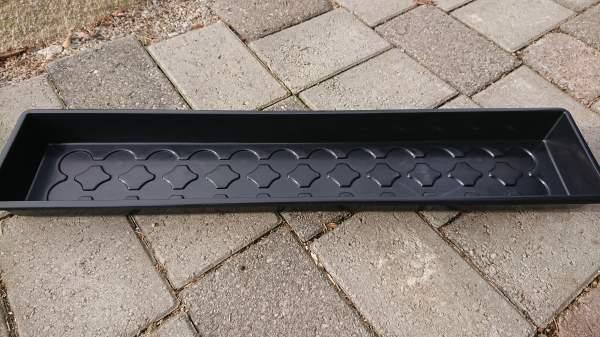 Spirekasse Solid svart 14x67cm