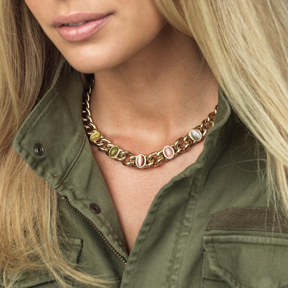 Retro Short necklace
