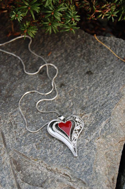 Diz Smykke Long Red Heart 1603-3L