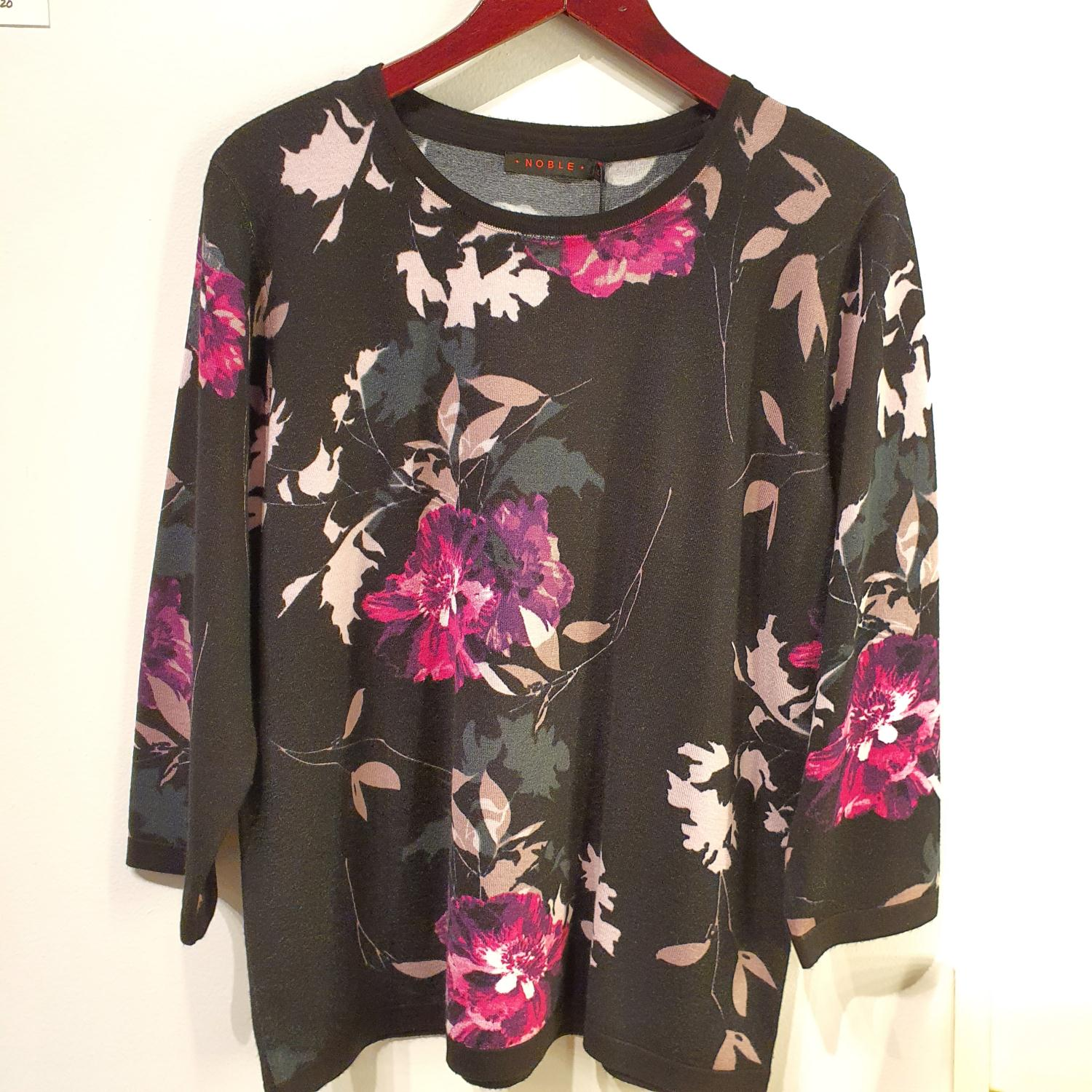 Noble Lillablomster Pullover