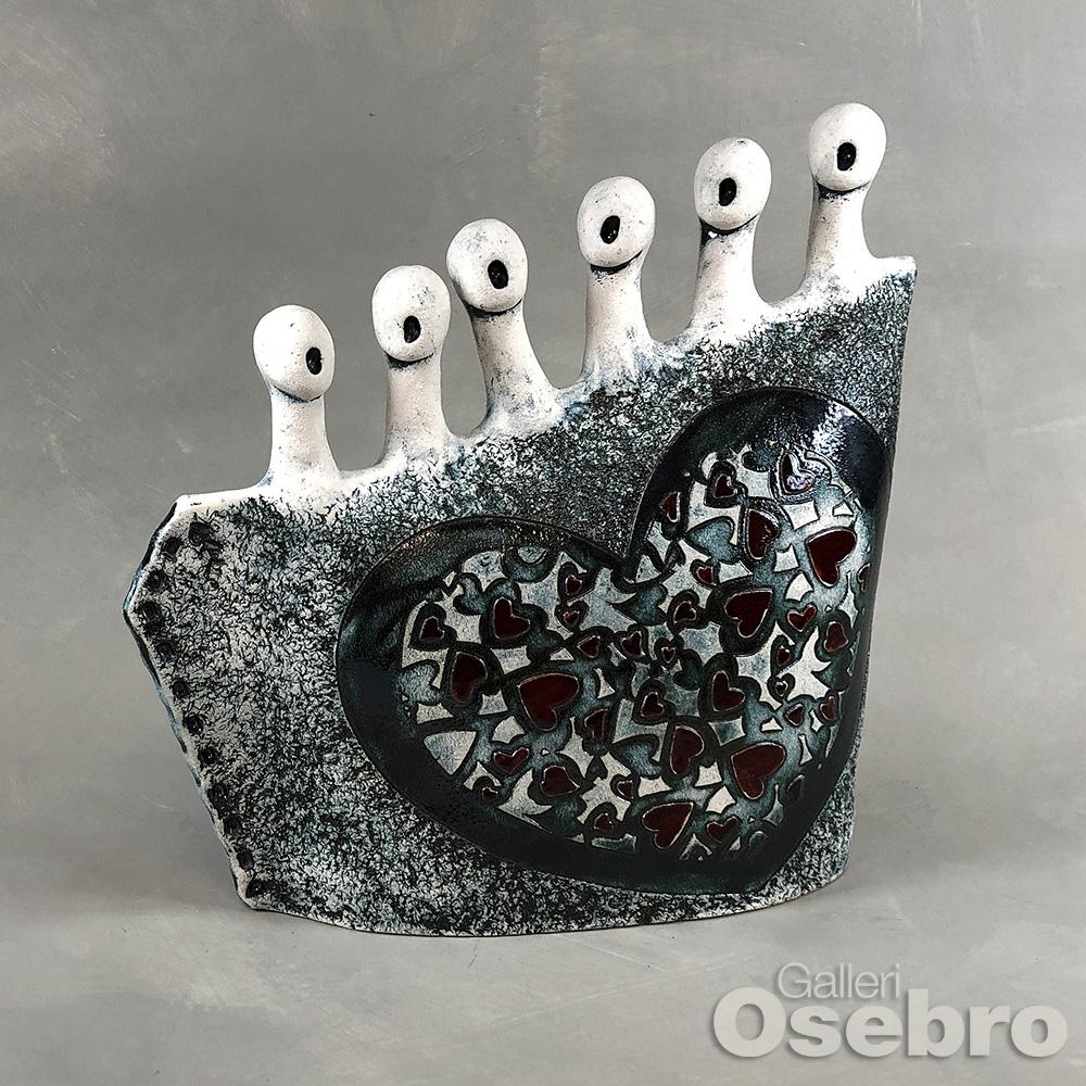 Ertkeramikk - Hjertekor i  sort og burgunder