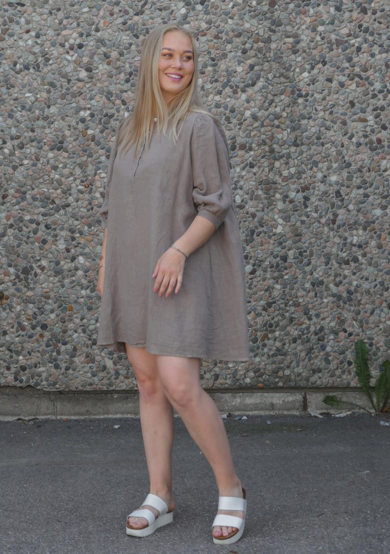 Ebbi short dress