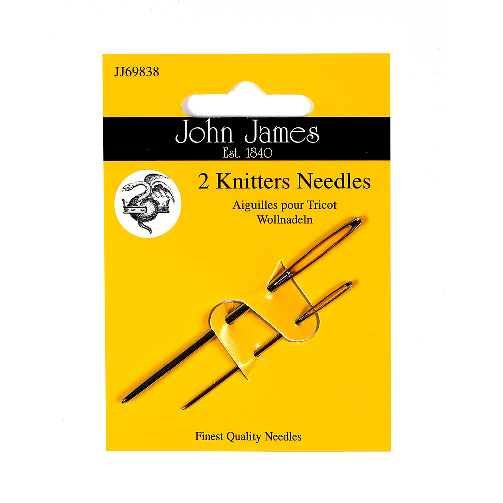 2 knitters needles