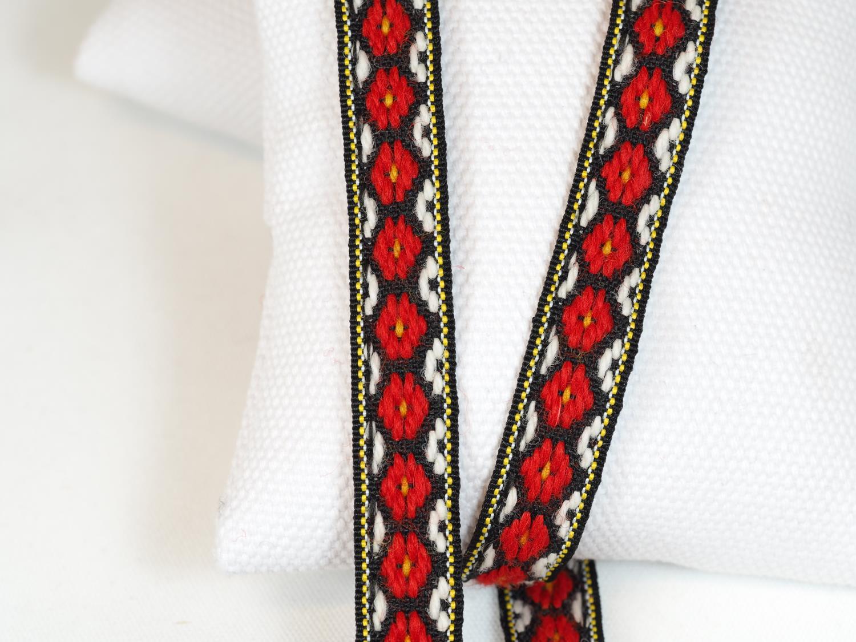 Ullband rødt/hvit-sort