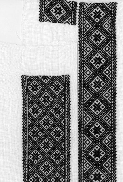 Materialpakke svartsaum, skjortelinninger Vinter Hardanger