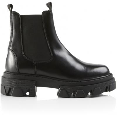 Lira Boot