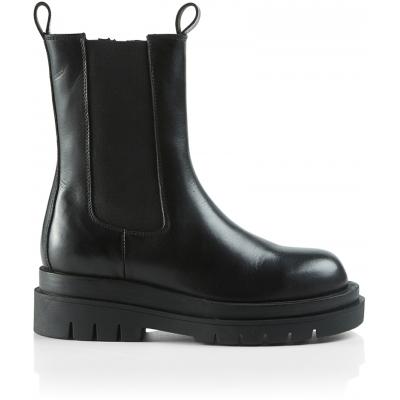 Teodora Boot