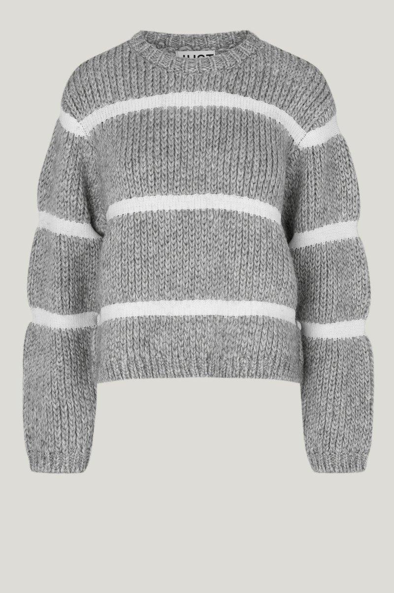 Roma Knit