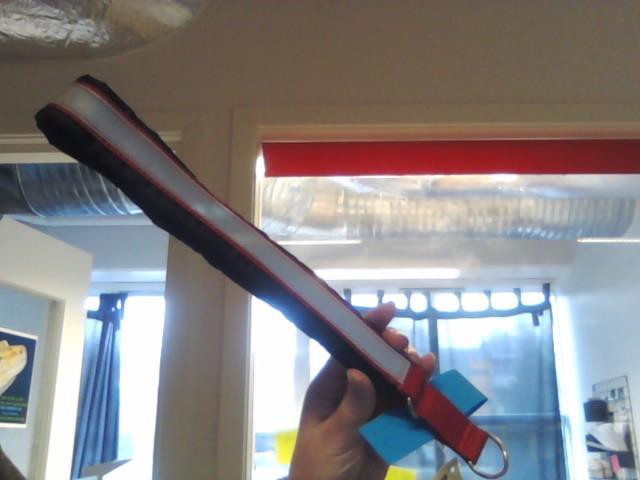 Huken Halvstrup m/Reflex Rød/Sort 65cm