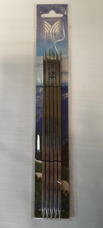 NOVA CUBICS STRØMPEPINNE 40cm 3,5mm