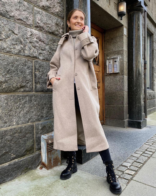 One&Other, Alfa Coat