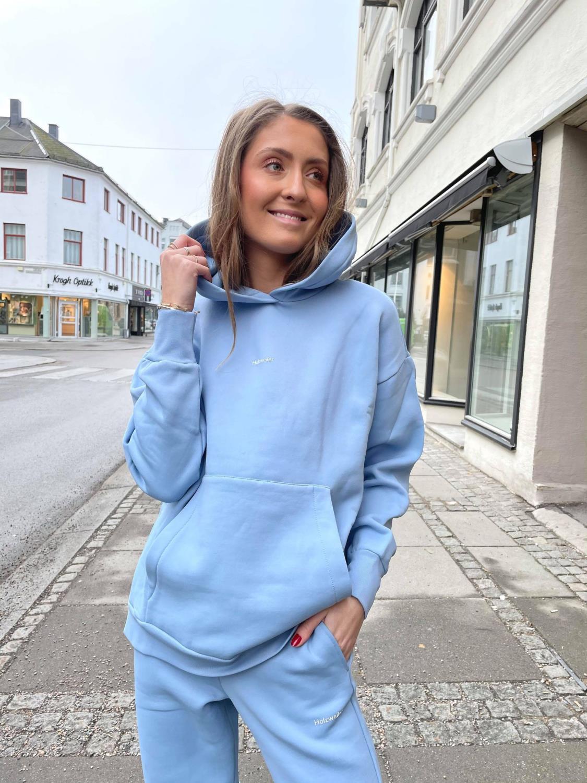 Holzweiler, Regular Hoodie Blå