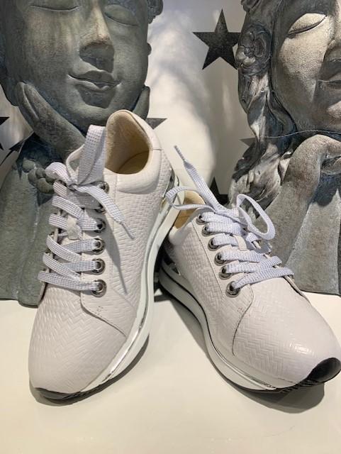 Bibba hvit mønstret sneakers m/sølv detaljer