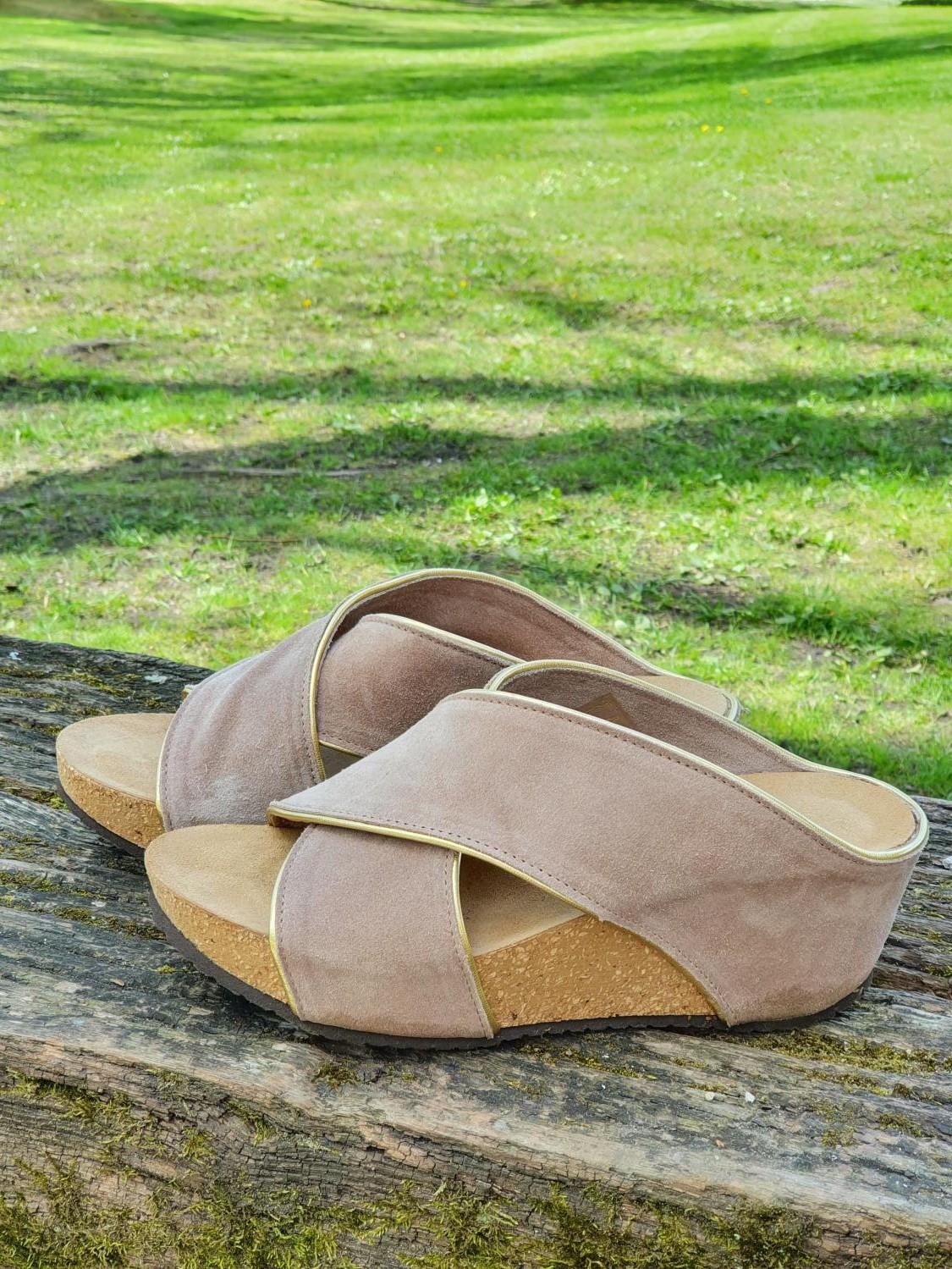 FRANCES Piping sandal