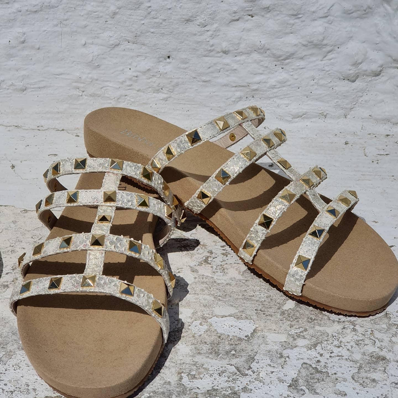 Bibba sandal m/gullstener