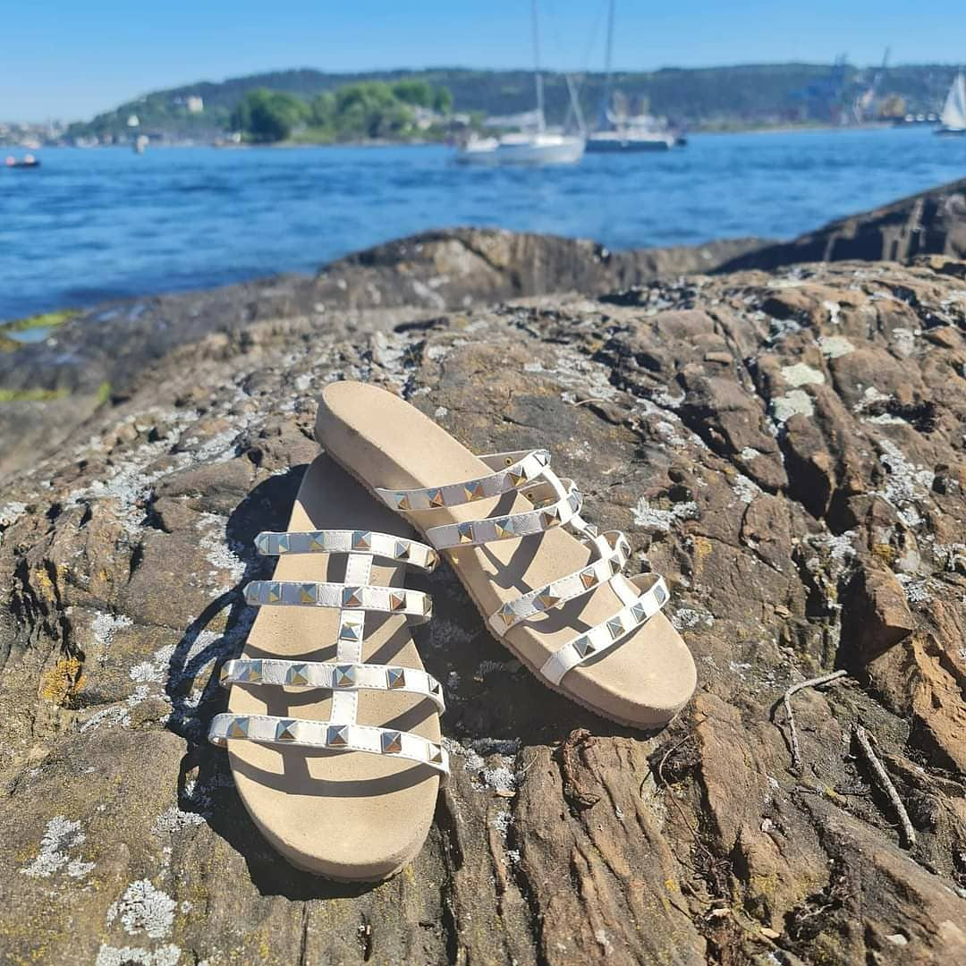 Bibba sandal m/sølvstener