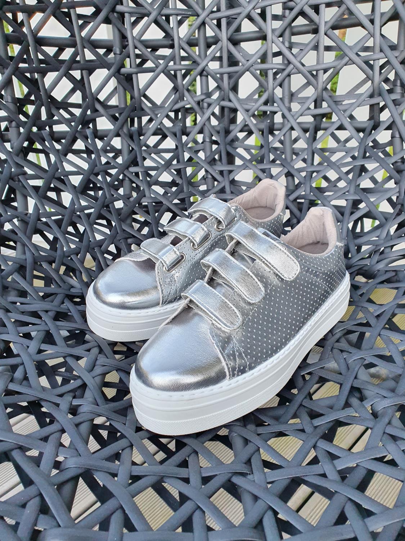 Plata sneakers