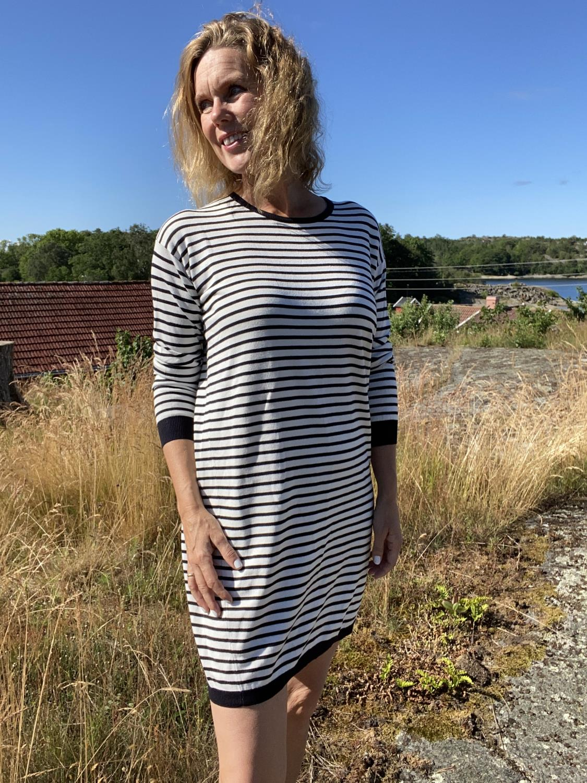 Trine striper dress