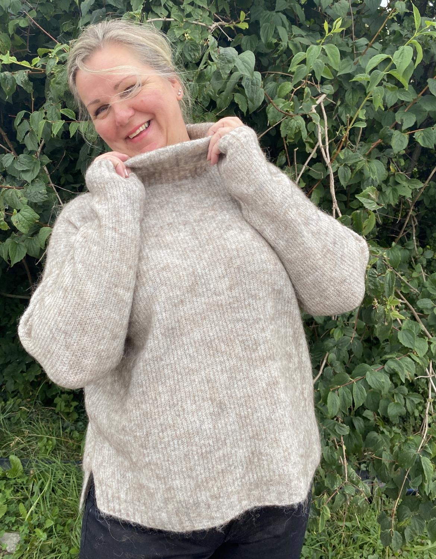 The Knit Rollneck beige