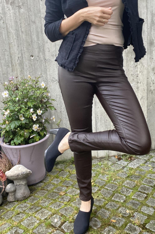 Belus-Katy Bukse