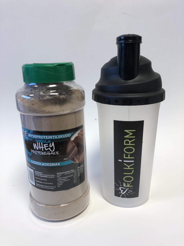 Whey proteinshake med sjokolade og shaker